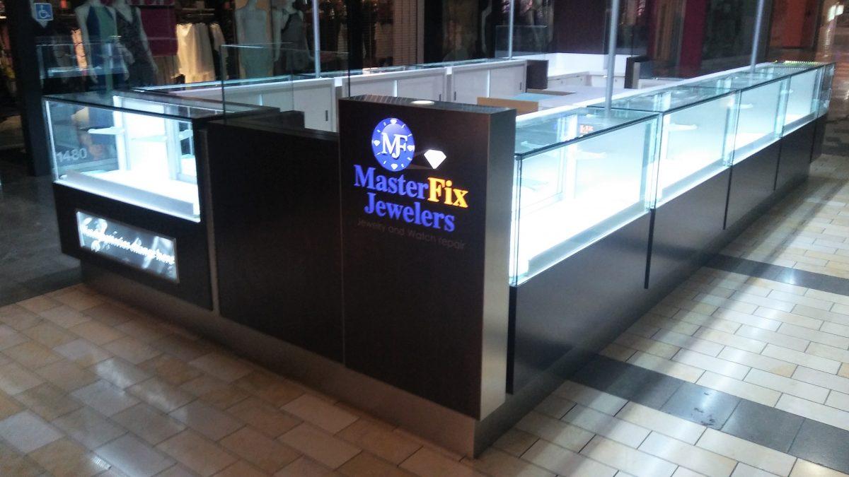 MasterFix Jewelers Kiosk at Westfield Oakridge