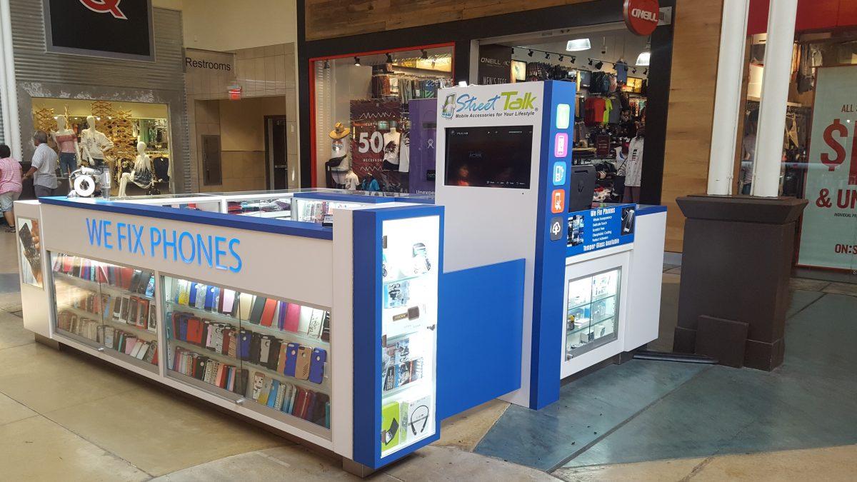 Street Talk Kiosk at Ontario Mills