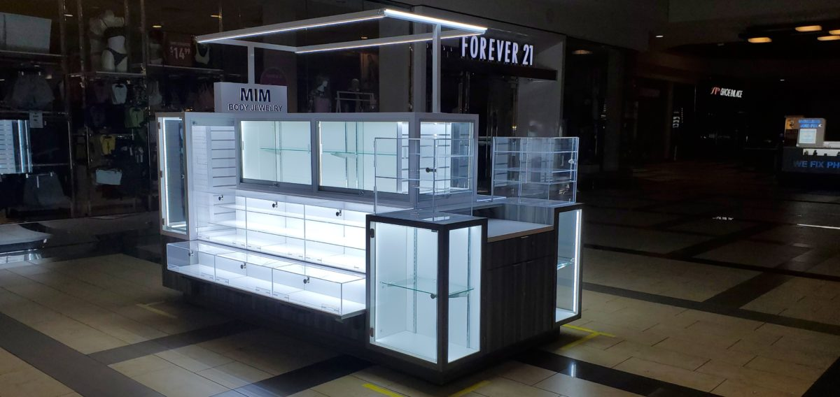 MIM Body Jewelry Kiosk at Brea Mall