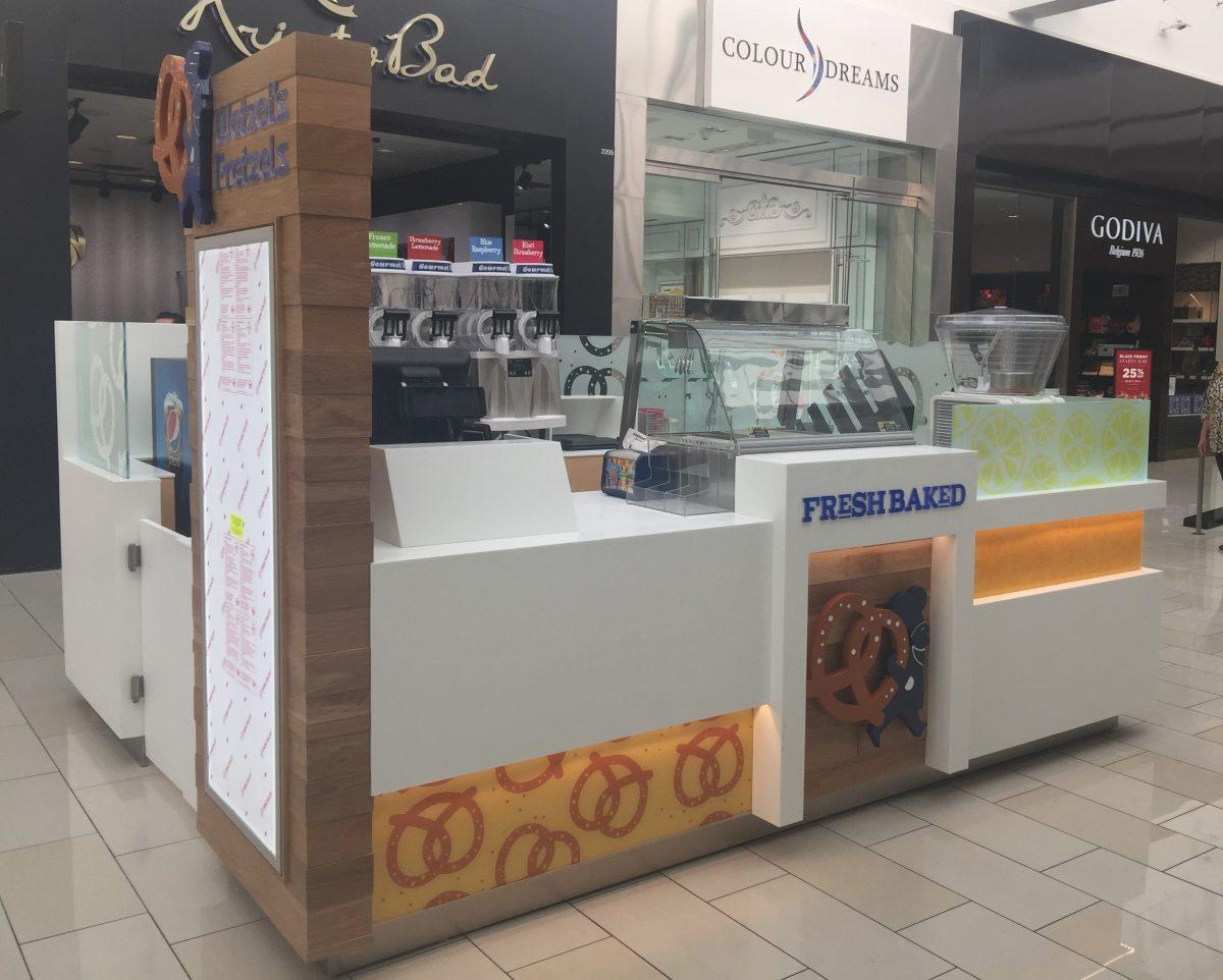 Wetzel's Pretzels Kiosk at Glendale Galleria
