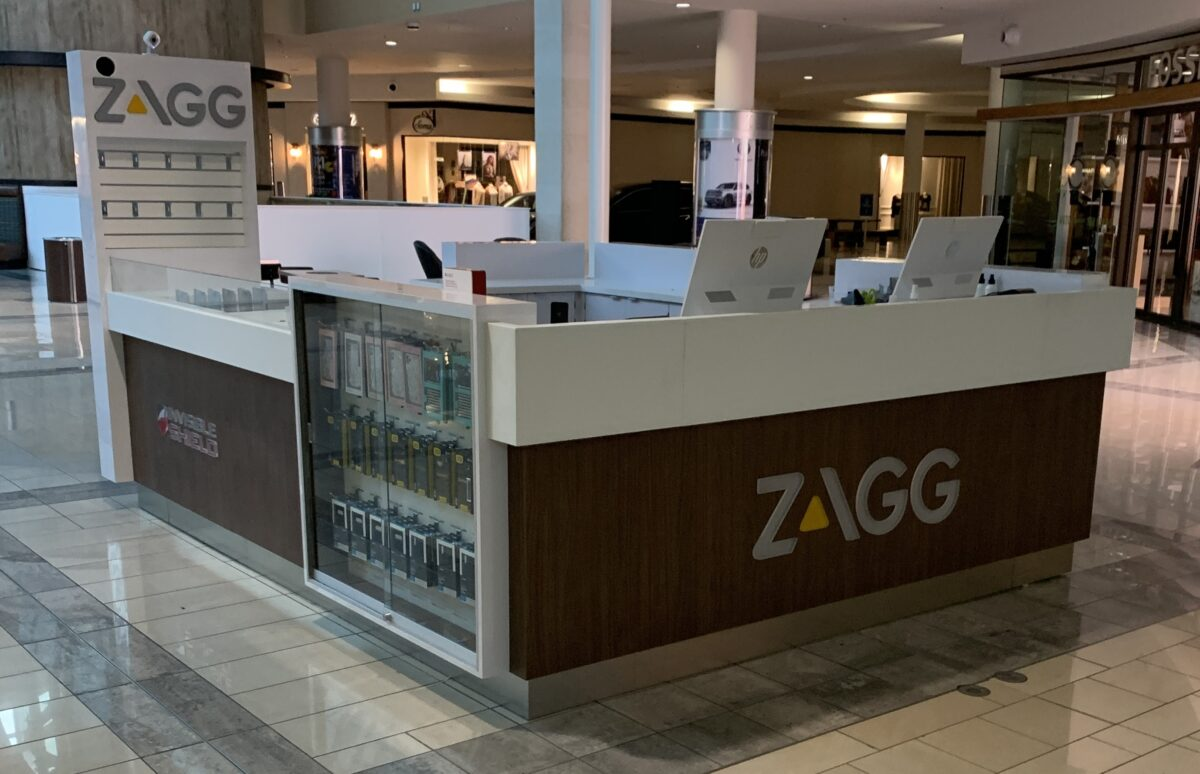 Zagg Invisible Shield Kiosk at Stonebriar Centre