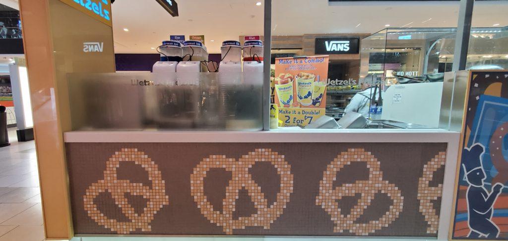 Wetzel's Pretzels Kiosk