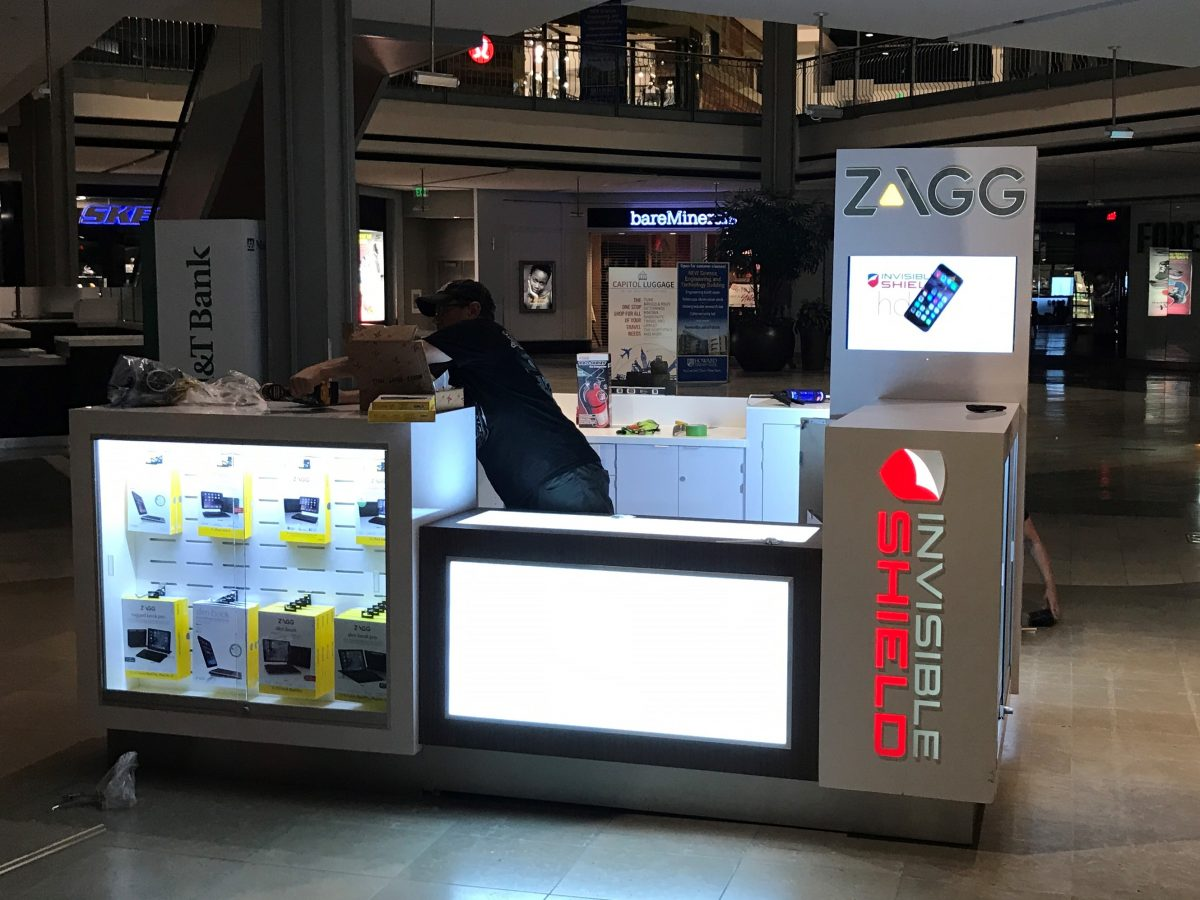 Zagg InvisibleShield Kiosk at The Mall in Columbia